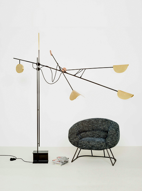 MOON FLOORLAMP HIGH_ACCOCEBERRY SECERE